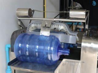 เครื่องล้างถังน้ำอัตโนมัติ